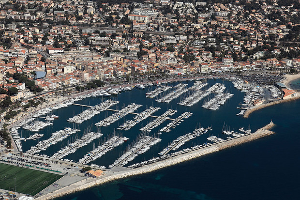 place_de_port_vente_bandol_brise_marine_yachting.jpg
