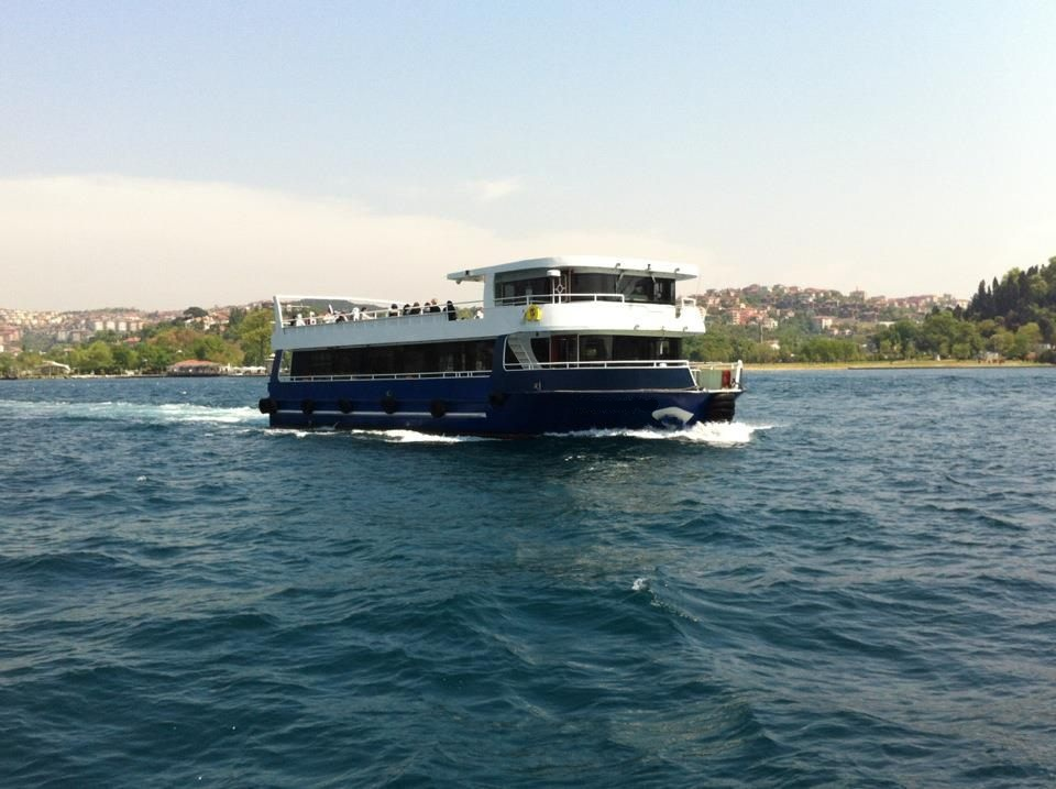 bateau-restaurant-24m-200-passagers-10.jpg