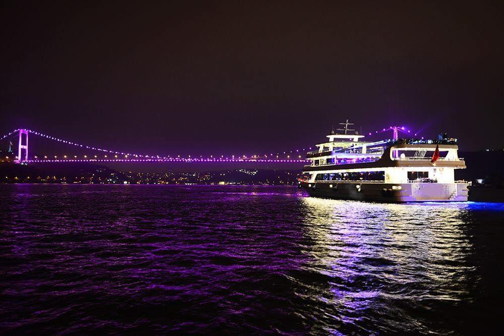 nouveau-bateau-restaurant-42-m-650-passagers-24.jpg