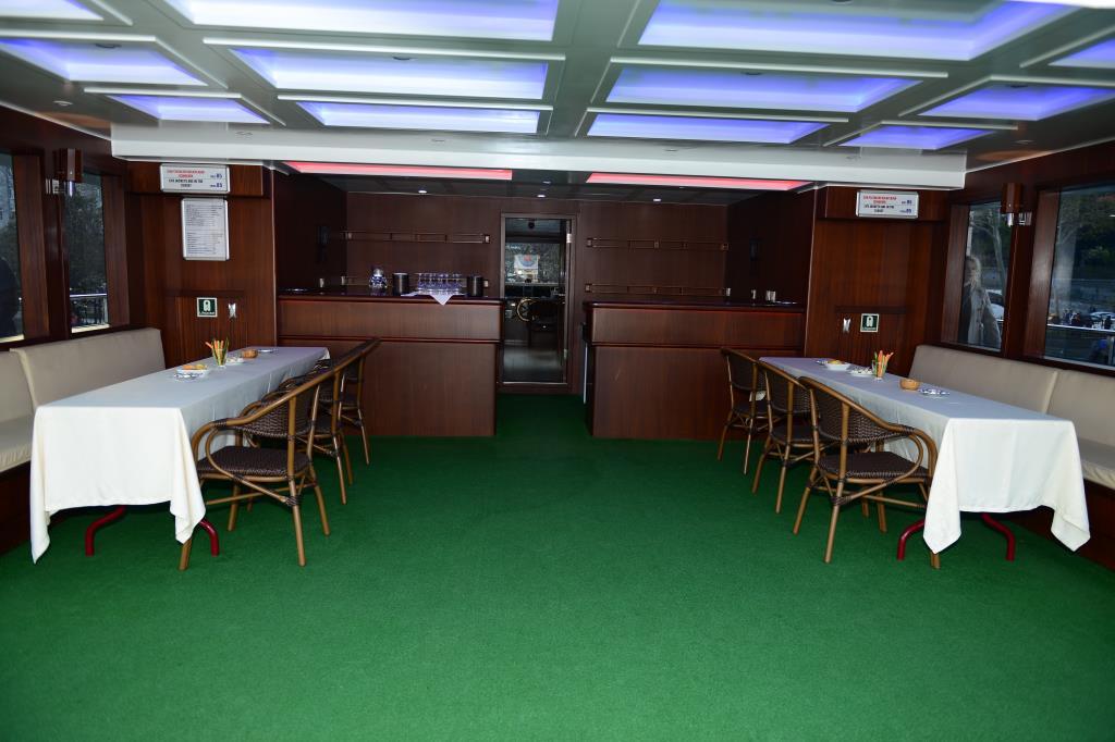 nouveau-bateau-restaurant-42-m-650-passagers-8.jpg