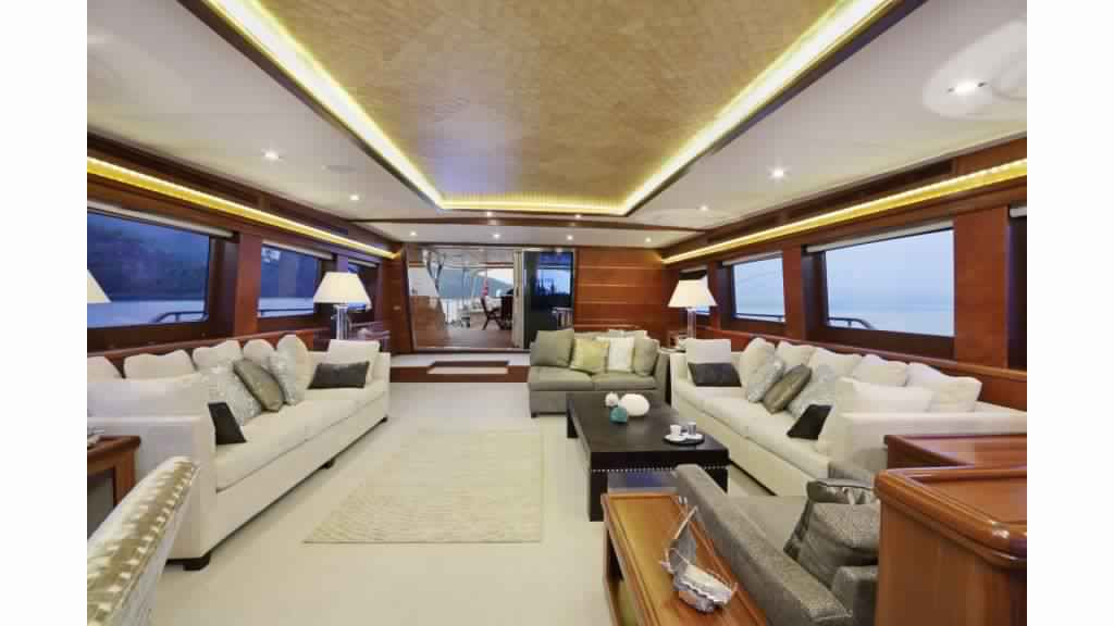 goelette-ultra-luxe-43m-10-passagers-23.jpg