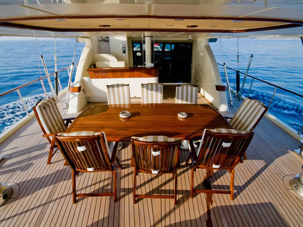 goelette-ultra-luxe-43m-10-passagers-42.jpg