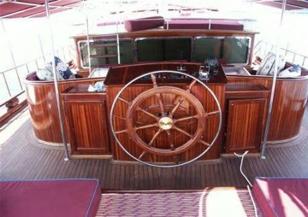 goelette-32m-deluxe-Prestige-Boat-Yachting-1.jpg