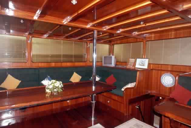 goelette-32m-deluxe-Prestige-Boat-Yachting-15.jpg