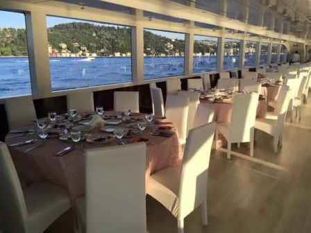 bateau-restaurant-passagers-38m-annee-2015-a-vendre-12.jpg