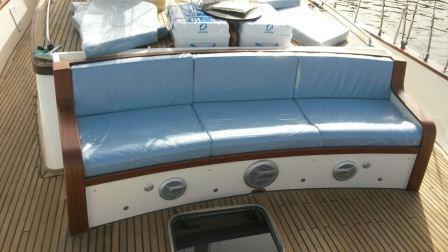 goelette-20m-renovee-2016-8-pax-a-vendre-prestige-boat-21.jpg