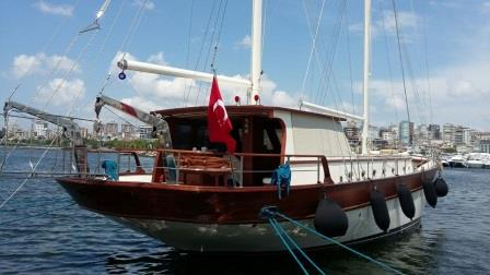 goelette-20m-renovee-2016-8-pax-a-vendre-prestige-boat-22.jpg