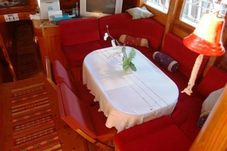 goelette-24m-9-cabines-20-pax-a-vendre-prestige-boat-3.jpg