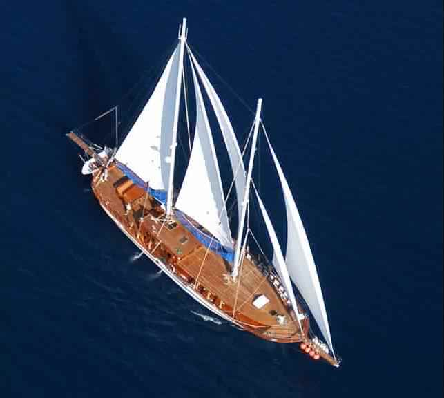 goelette-luxe-28m-6-pax-a-vendre-prestige-boat-1.jpg