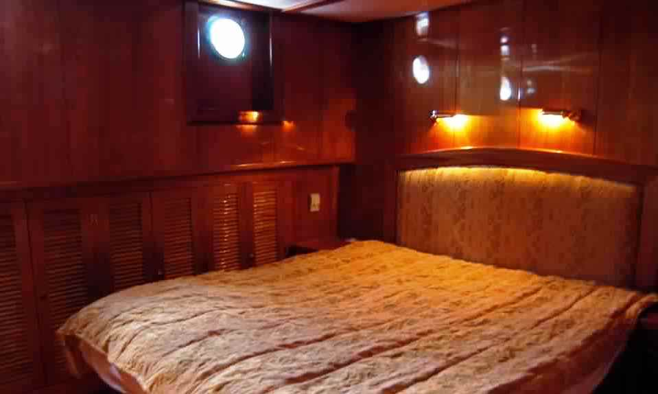 goelette-luxe-28m-6-pax-a-vendre-prestige-boat-10.jpg