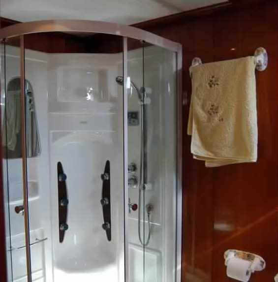 goelette-luxe-28m-6-pax-a-vendre-prestige-boat-2.jpg