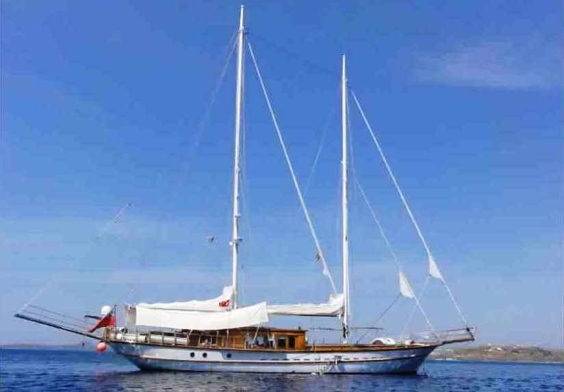 goelette-luxe-28m-6-pax-a-vendre-prestige-boat-32.jpg