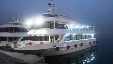 bateau-transport-passagers-24m-annee-2015-350-pax-a-vendre-3.jpg