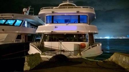 bateau-transport-passagers-24m-annee-2015-350-pax-a-vendre-6.jpg