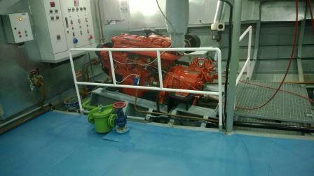 bateau-transport-passagers-24m-annee-2015-350-pax-a-vendre-9.jpg